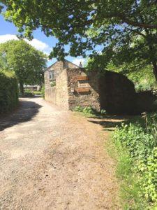 Magpie Cottages entrance